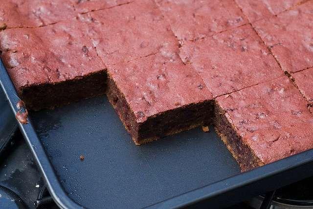 Cómo hacer Brownies de chocolate Rico y conocido postre en todo el mundo, basado en su ingrediente esencial, el chocolate. Con él, seguro tendrás éxito en