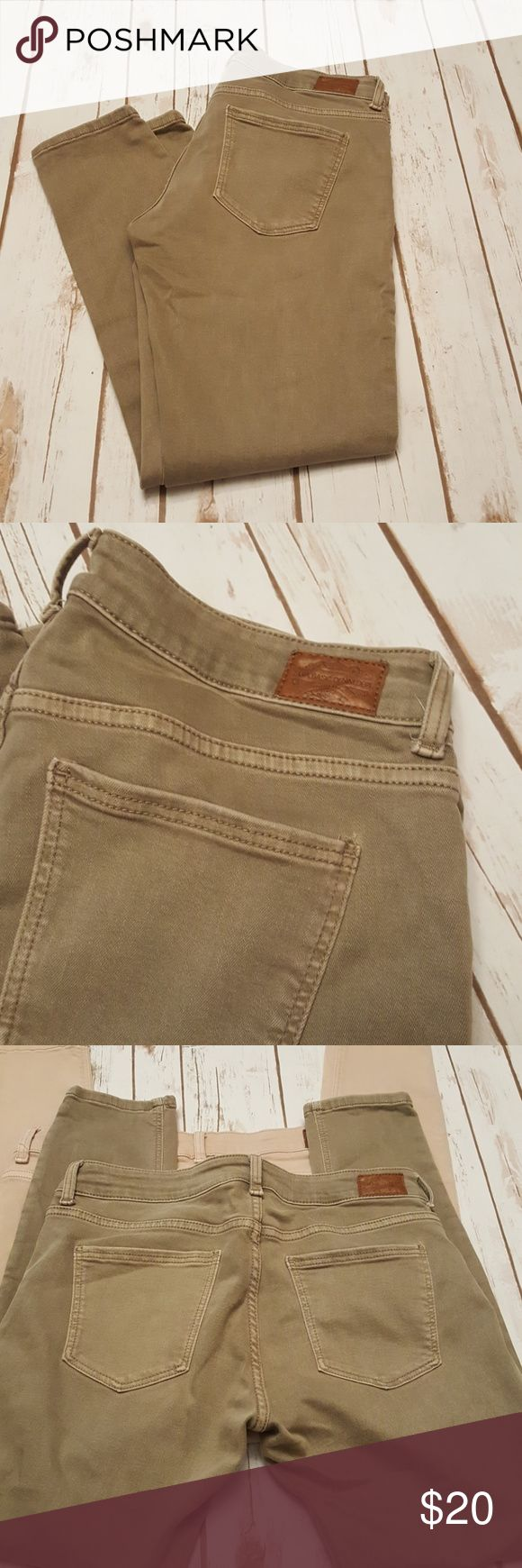 Sara Basic Tan Jeans Stretchy Short Ankle Style 25 inch inseam  Grayish tan color Good condition Zara Jeans Ankle & Cropped