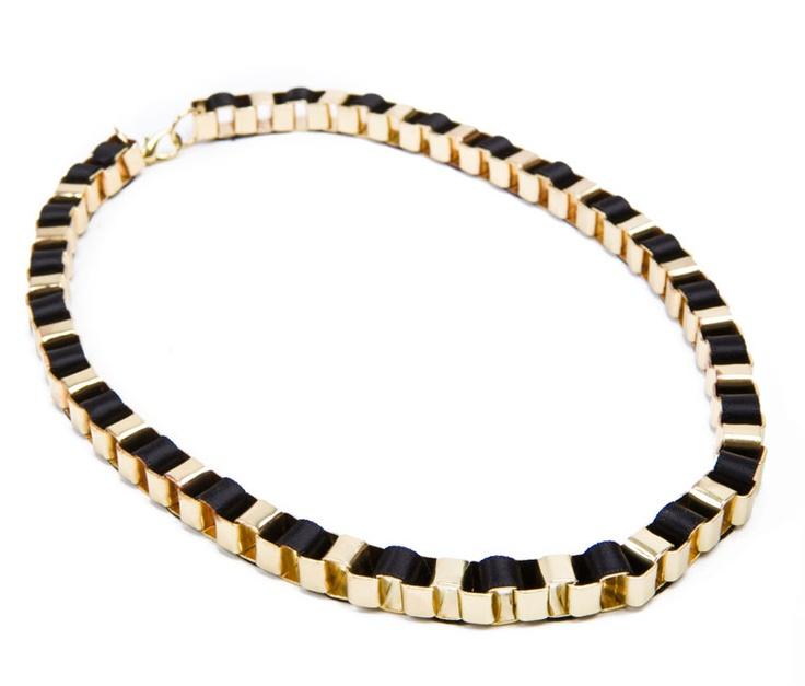 GOLDEN CHAIN NECKLACE PLAITED BLACK RIBBON