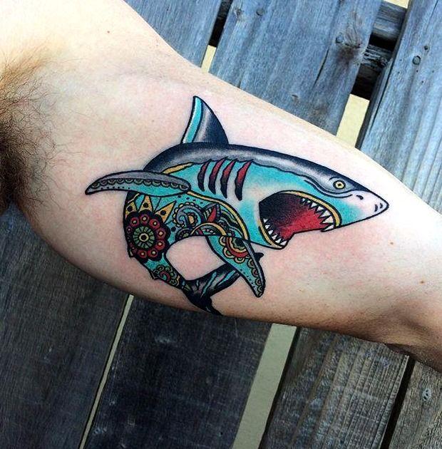 Las 33 Mejores Ideas De Tatuajes De Tiburones Hombre Mujer Tatuajes De Tiburones Hombres Tatuajes Tatuajes De Animales