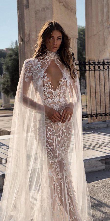 trendige Brautkleider nackt mit Umhängen floralen Applikationen Berta – Beautiful people