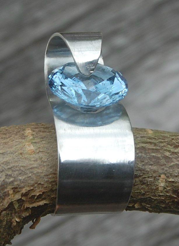 Sølv 925s Blå Zircon Kr. 680,-
