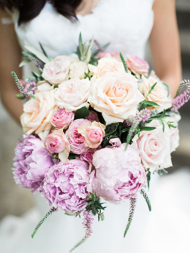 25 Sensational Bridal Bouquets To Swoon Over