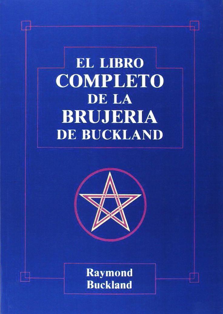 El Libro Completo de la Brujería, de Raymond Buckland. Puedes conseguirlo en http://www.lamagiadeladiosa.com/producto/libro-completo-la-brujeria/