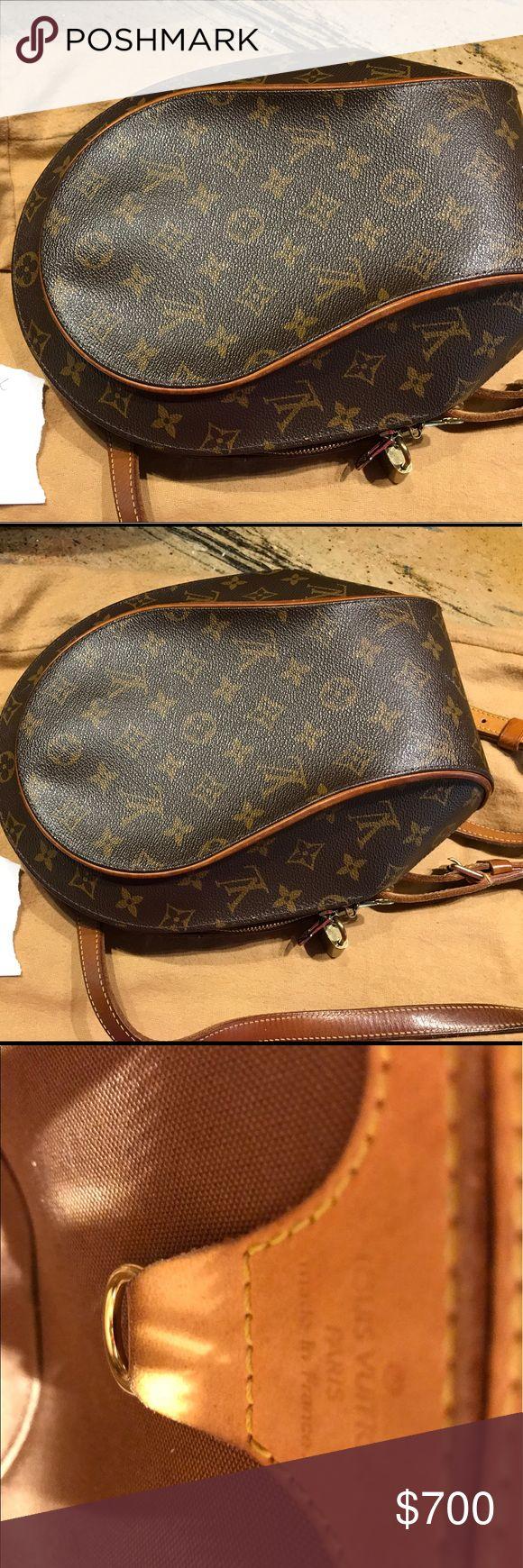 LOUIS VUITTON Monogram Ellipse Sac a Dos Backpack This is an authentic LOUIS VUITTON Monogram Ellipse Sac a Dos Backpack. This chic backpack is crafted of classic Louis Vuitton monogram coated canvas Louis Vuitton Bags Backpacks