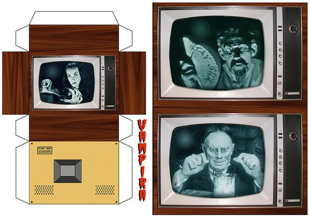 Horror Hosts on TV (paper models) | Printable papercraft | Anne's One ...