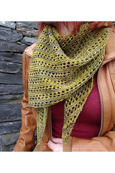 Ravelry: Herald shawl with Malabrigo Yarn Sock - knitting pattern by Janina Kallio.