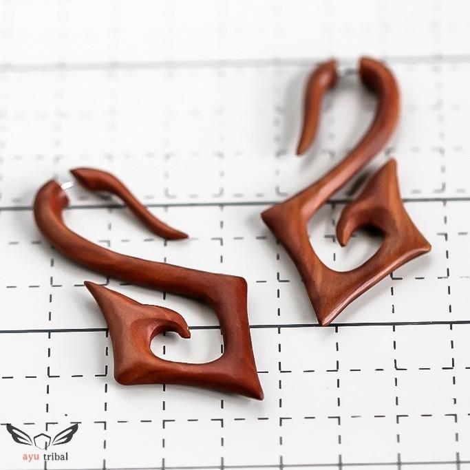 Saba Wood Square Spiral Earrings AC069