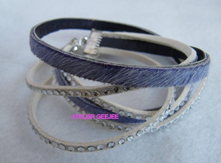 armband paars, harig met suede strass creme