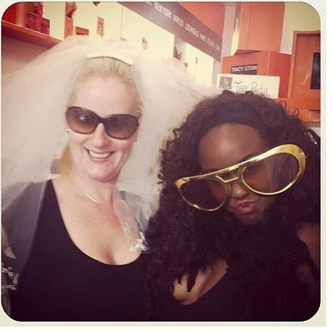The divas of SALONTEA!!! Please like or comment on our photo to help these divas win tix to dream girls. @Kim Schulz Granville #innerdivaSG #diva #southgranville #bride #dressup #dreamgirls #fun #silly