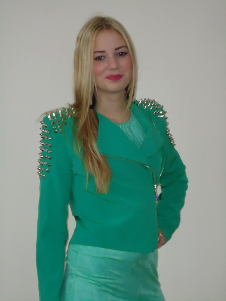 Jacky Luxury jasje met studs, met studs in groen. | FASHION OBSESSION