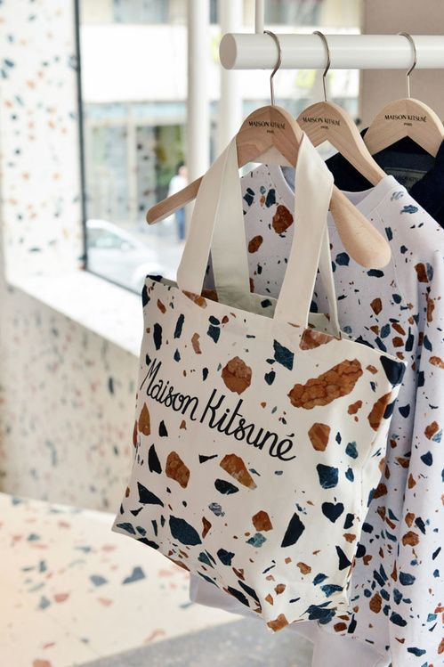 Sac mabre Maison Kitsuné, boutique Paris