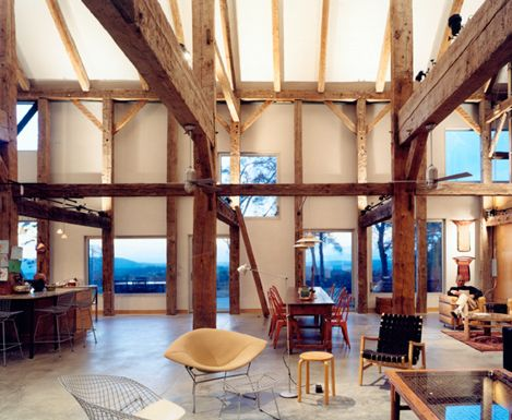 Open space, not over modernized, still has that warm feel. The open concept with lots of timber and space that can be modified is great.