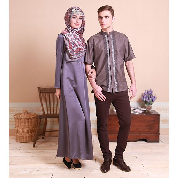 Sarimbit couples. Dress Pranav & Koko Arya