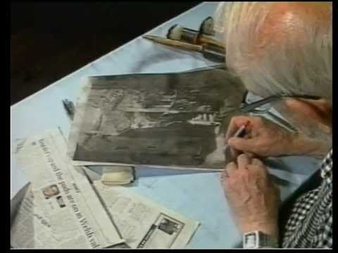 Norman Gryspeerdt continues to demonstrate how to alter and finish an inked Bromoil Print. 6/6