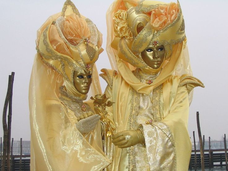 Masques and costumes for Mardi Gras in Venezia, Italy