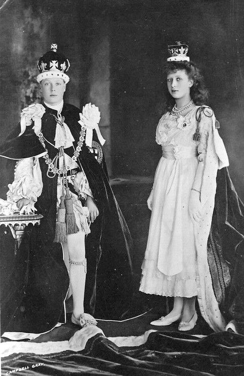 Prince Edward VIII (David) and sister Princess Mary, Princess Royal, at the coronation of their parents, King George V and Queen Mary, 1911.