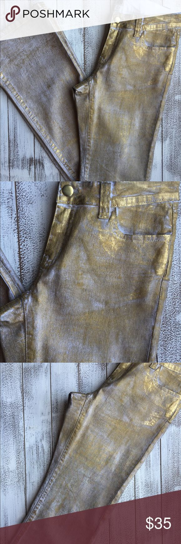 """ONE HOUR ONLY 🎉 CACHÈ GOLD JEANS 👖 Caché gold with white jeans. Size 2. Wonderful condition. Beautiful color. Waist 14"""" Inseam 33"""" Length 42""""  95% Cotton 5% Spandex  Stock photo is not the same exact piece but an example! Cache Jeans Boot Cut"""
