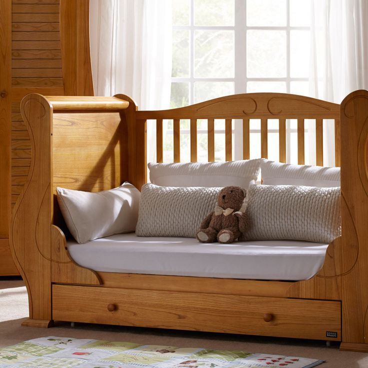 Baby Cot Crib Nursery Furniture Wooden Cots Toddler Bed Wood + Sprung Mattress
