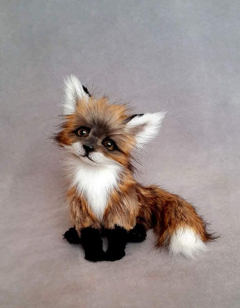 Little Fox By Vakulina - I am pleased to introduce my new Little Fox. She looks very real, especially the eyes. Paws, ears, body and tail on a frame of copper wire. Knows how to pose, bend and straighten the legs and tail. Head on a double mount, and swinging. Glass eyes I painted. The nose is handmade. Paw paws a...