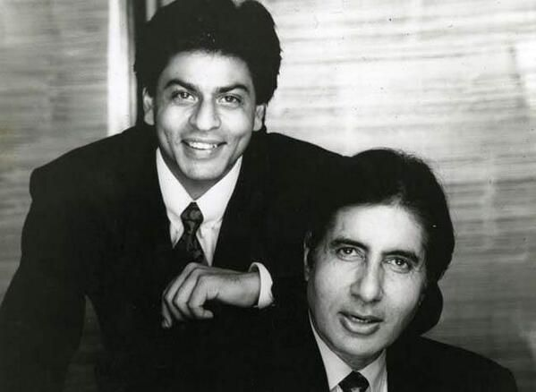 One superstar hands over the kingdom to the other! How many movies have SRK and Big B done together?