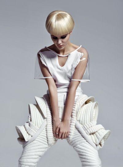 Sculptural Fashion with a soft construction & graphic 3D silhouette; futuristic fashion // Sylwia Rochala