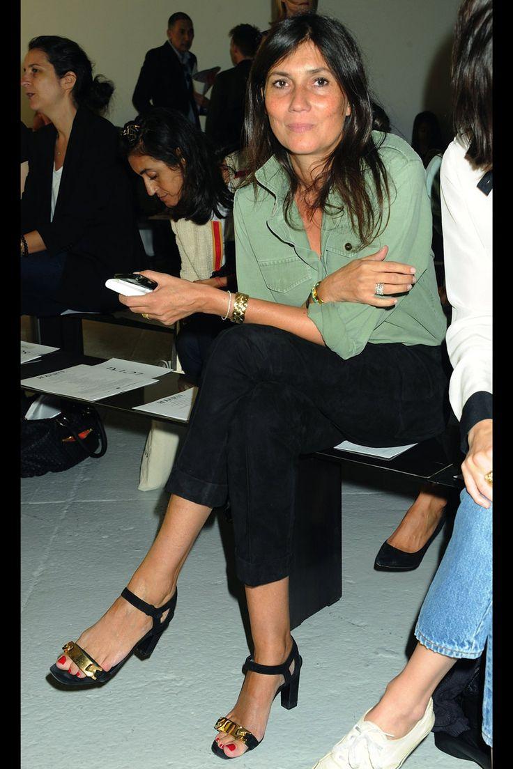 Emmanuelle Alt. Green shirt, black trousers & strappy shoes