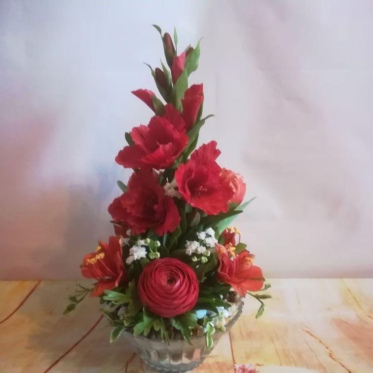 Sugar gladiolus, ranunculus, alstroemereia, tulipa Cukor kardvirág, boglárka, inkaliliom, tulipán