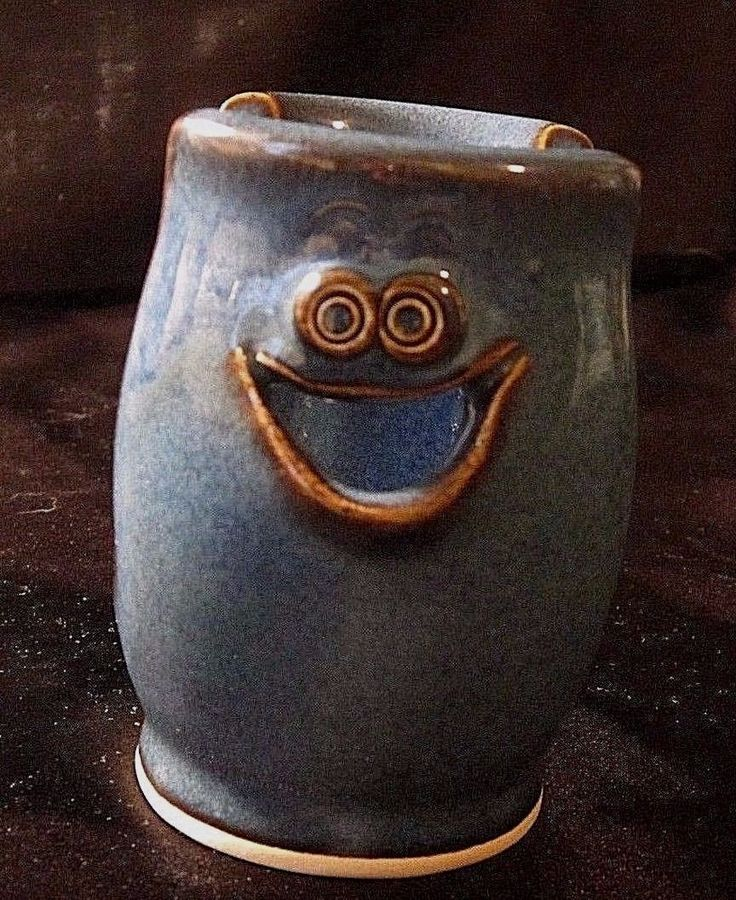 """ART POTTERY STORAGE """"THING-A-MA-JIG"""" - Teal Blue w/An Adorable Smiling Face $13.99"""