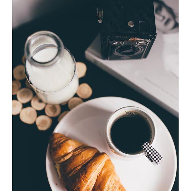 Perfect minimal french breakfast