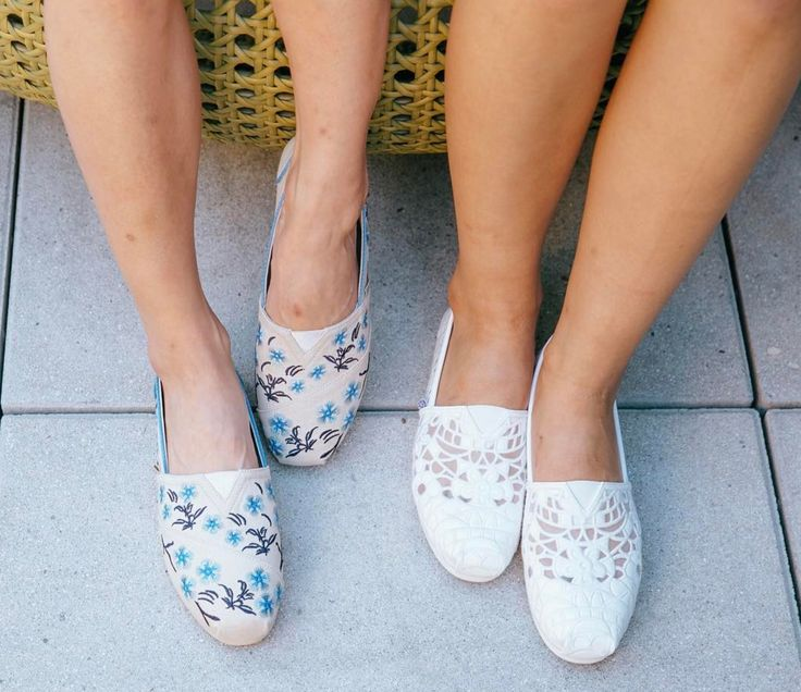 So many adorable color schemes in the South Coast shoe.