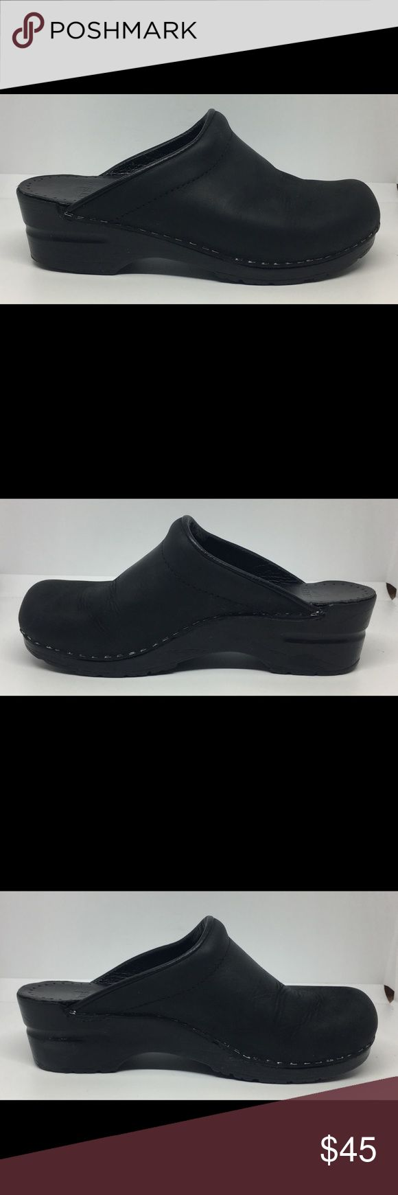 Dansko Womans Black Mule Shoes EUR 37 US 6.5-7 Worn a few times. Wear on the right heel There is shoe goo on the right heel to pin it down. Very Good Condition. See Pictures. Bin 9 B89 Dansko Shoes Mules & Clogs