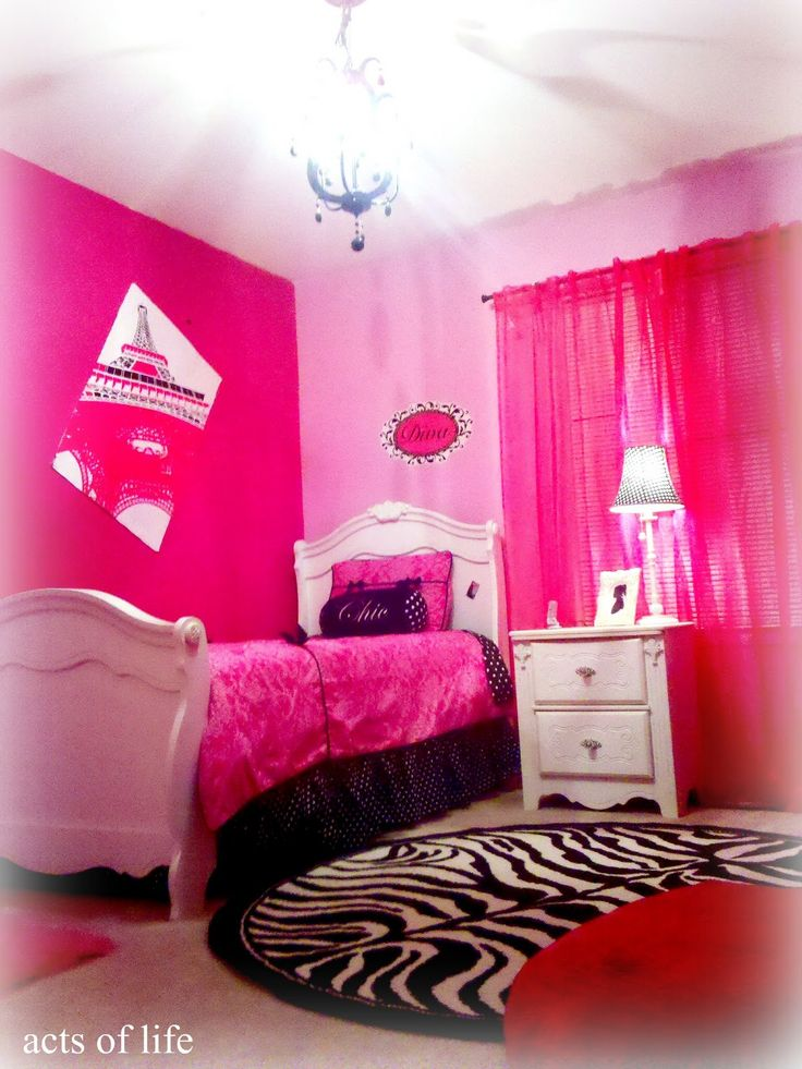 Hot Pink And Turquoise Bedroom   Hot pink Bedroom! My daughters bedroom project