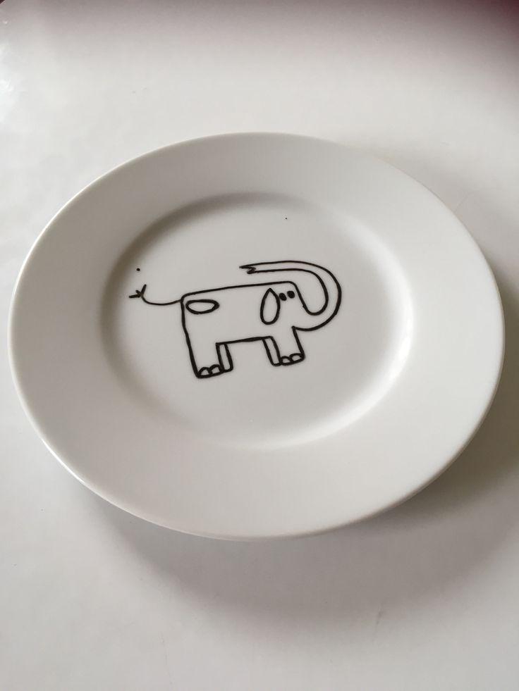 Elephant plate in doodle art