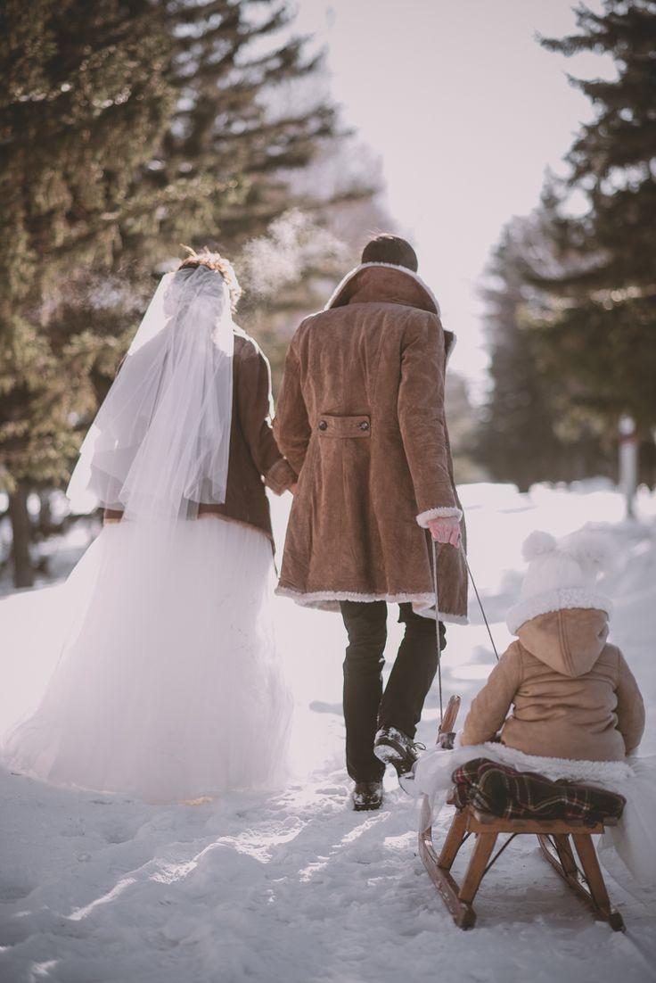 Свадьбы, любовь, зима, детки, семья.