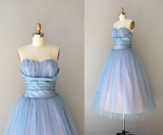 Amazing colors.1950S Prom, Princesses Dresses, Strapless Dresses, Party Dresses, Vintage Parties Dresses, Vintage Dresses, 1950S Dresses, Tulle Dresses, Prom Dresses