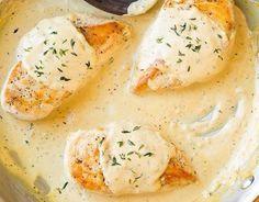 Στήθος κοτόπουλου με κρεμώδη σάλτσα μουστάρδας