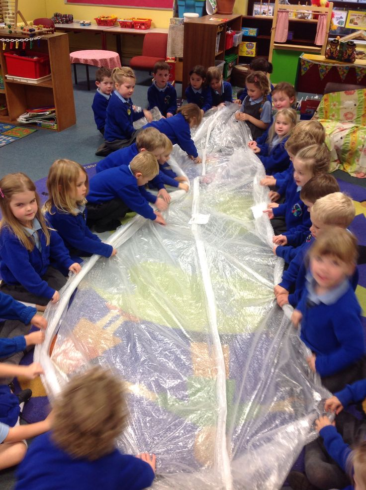 10,9,8,7 .... Firework countdown finger crackle with giant bubble wrap = lots of noise!