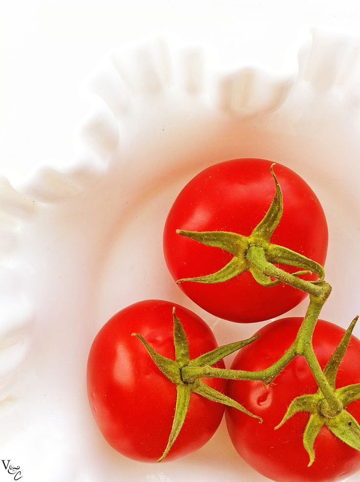 10 things to do with tomatoes: Gallo Homemade Tomatoes, 10 Easy, Chee Pin, Things To Do With Tomatoes, Cheese Pin, 10 Things, Easy Tomatoes, Tomatoes Recipes, Recipes Maine Dishes