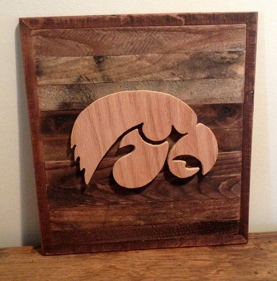 Oltre 1000 idee su iowa hawkeyes su pinterest for Iowa hawkeye decor