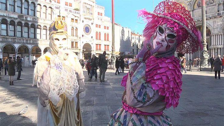 Madrileños por el Mundo en el Carnaval de Venecia: http://www.telemadrid.es/mxm/madrilenos-por-el-mundo-venecia