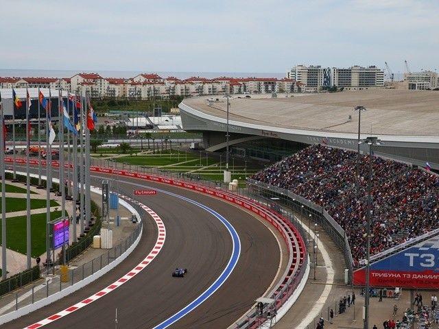 Bernie Ecclestone: 'Russian Grand Prix secure with Vladimir Putin's backing'