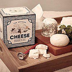 Mit diesem Käsezubereitungsset von The Artisan machst du deinen Lieblingskäse zukünftig einfach selbst. Im Geschenkset ist alles enthalten, was du zur Zubereitung von 4 Weichkäsesorten benötigst. H…