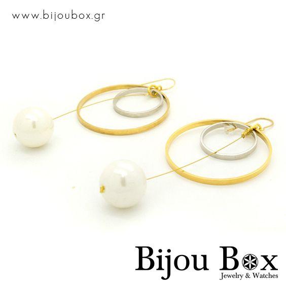 Big pearl earrings from handmade bronze LOOP  Μεγάλα σκουλαρίκια πέρλας από επίχρυσο μπρούτζο LOOP  Check out now... www.bijoubox.gr #BijouBox #Earrings #Σκουλαρίκια #Handmade #Χειροποίητο #Greece #Ελλάδα #Greek #Κοσμήματα #MadeinGreece #Pearl #Gold #jwlr #Jewelry #Fashion