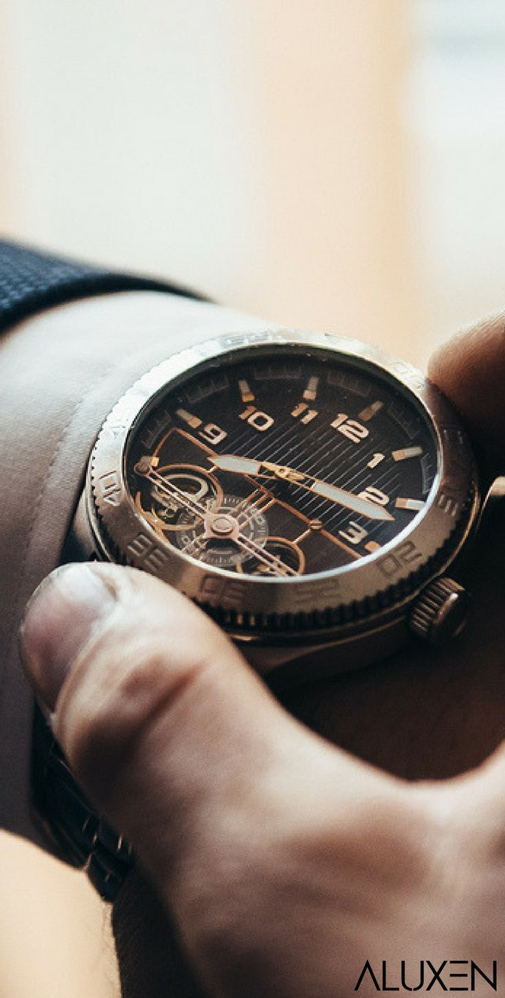 Top 15 Men's Watches | Featuring Luxurious watches, affordable watches, smartwatches, expensive watches, and designer watches for men! #Aluxen #Watches #MensFashion #menswatchesexpensive #martwatch