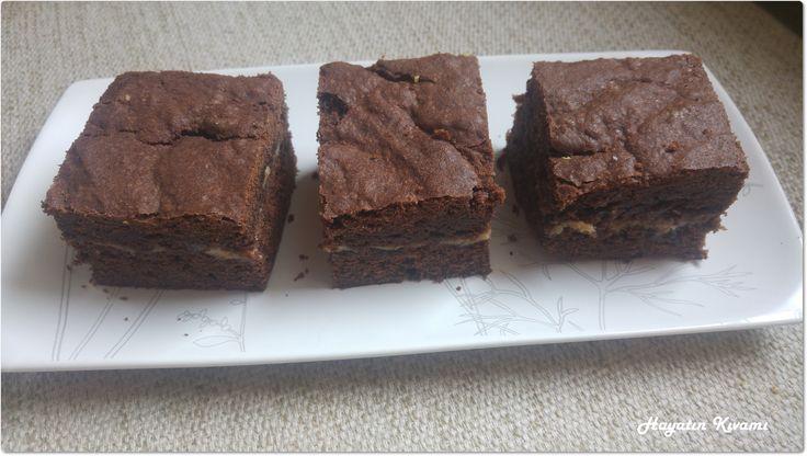 Süt Reçelli Brownie: http://hayatinkivami.blogspot.com.tr/2017/11/sut-recelli-brownie.html