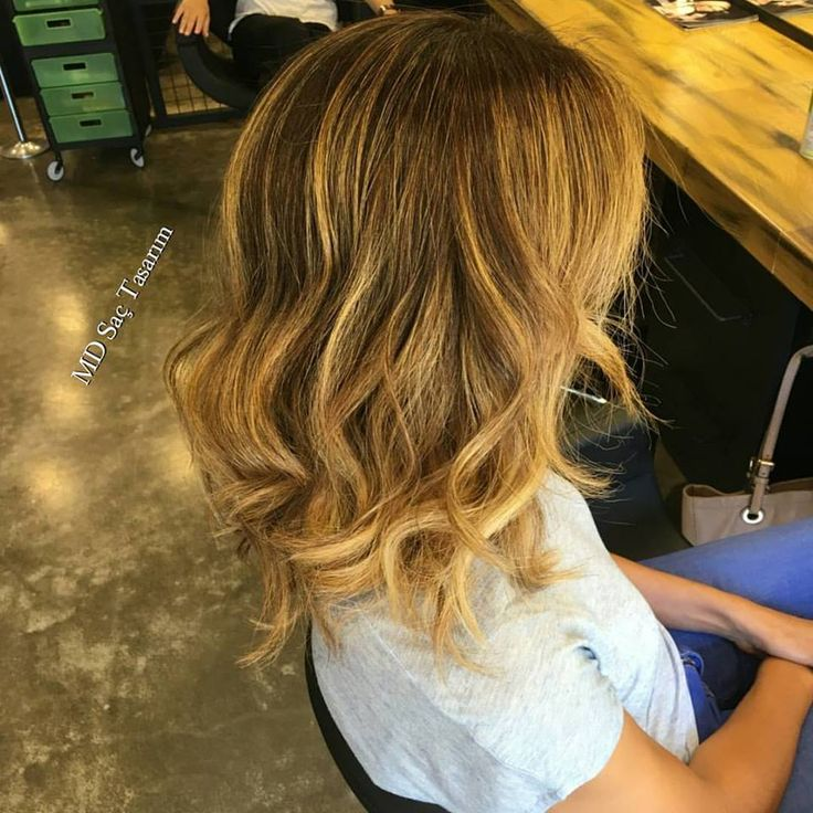 Sonbahar renkleri.. 💕💕 #sonbahar #hair #trend #haircolor #renk #balyaj #izmir #saturday #ombre #isilti #isiltilisaclar #hairtrend #hairstyle #hairstyles #hairs #guzelyali #happyweekend #mdsactasarim