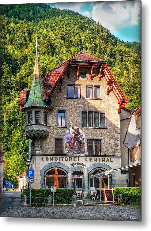 Cafe Confectionery Central in Altdorf Switzerland -- Photo by Hanny Heim Snowbird Photography #photography #switzerland #schweiz #architecture #buildings
