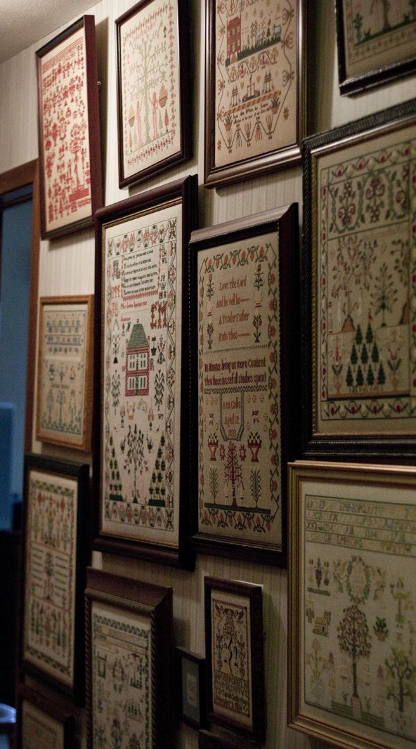 what an amazing collection of samplers-need to STITCH!