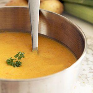 Velouté poireaux, pommes de terre, carottes